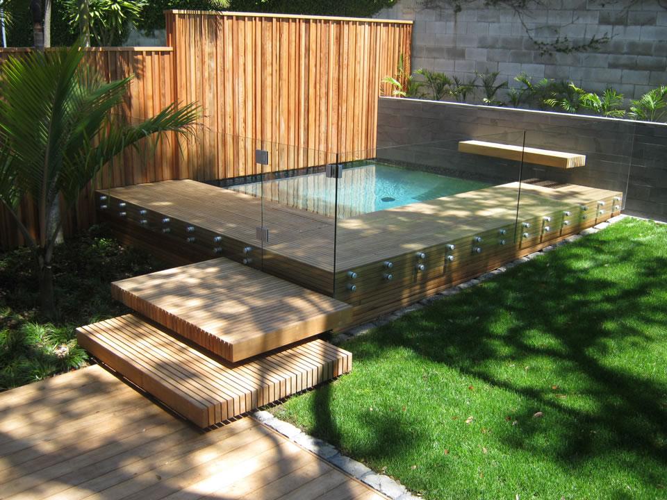 Välja en snygg altan till poolen - Allt om pooler och poolbyggnad